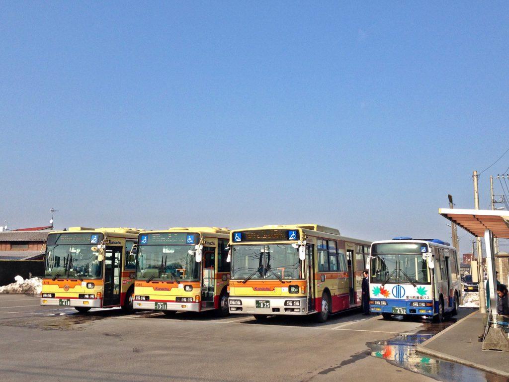 神奈川中央交通はワンマン化を業界に先駆けて行った会社として知られる。(撮影:鳴海行人・2014年)
