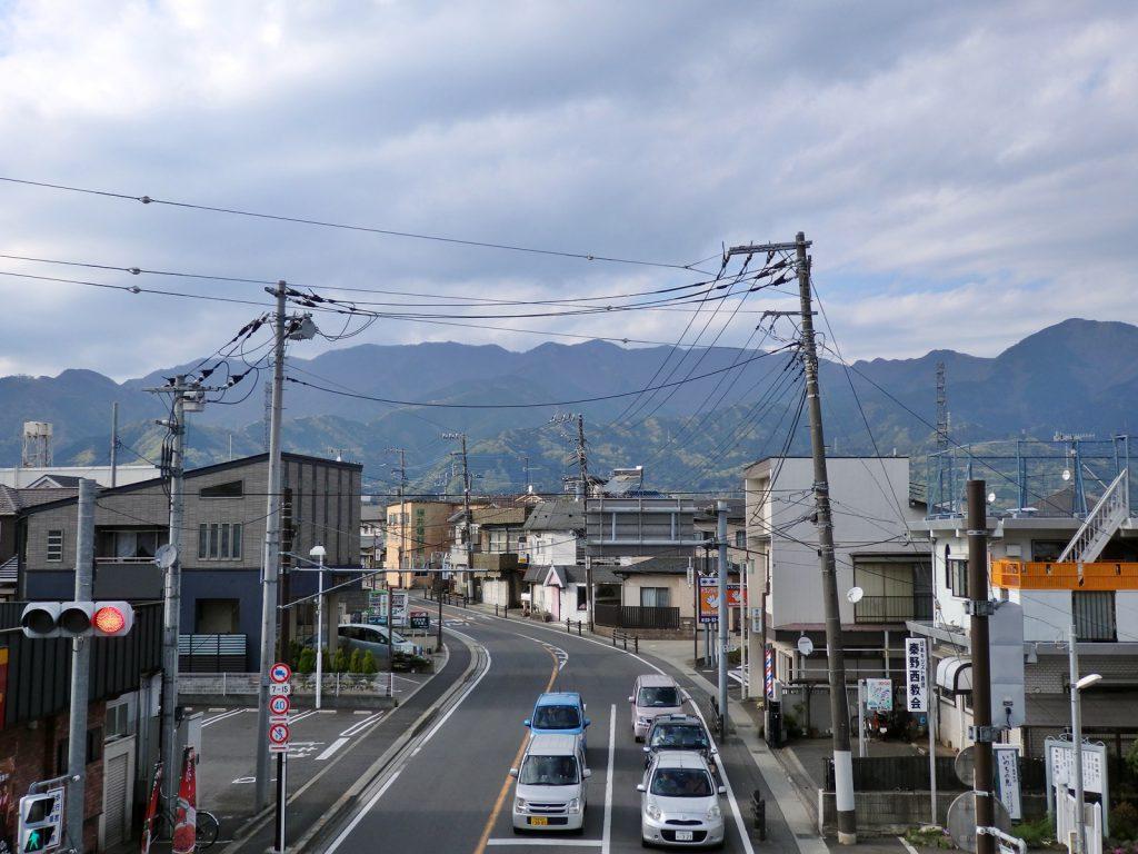 渋沢から表丹沢を望む