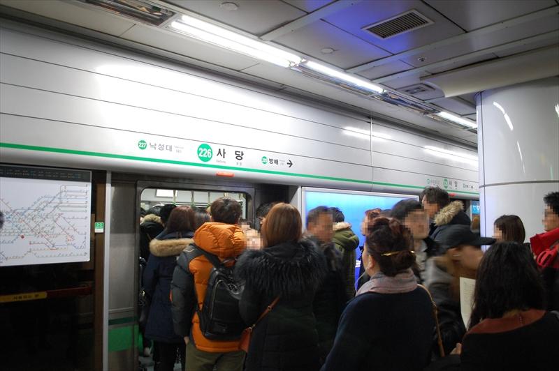 ソウル地下鉄2号線の混雑