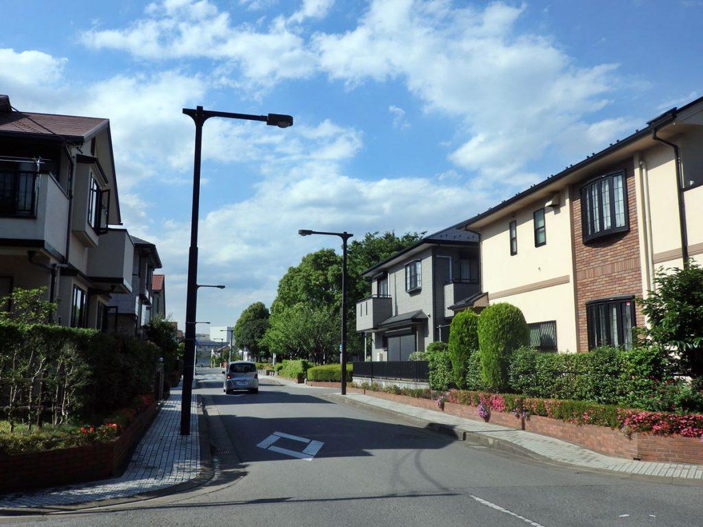 野村不動産により分譲された緑が丘の住宅地