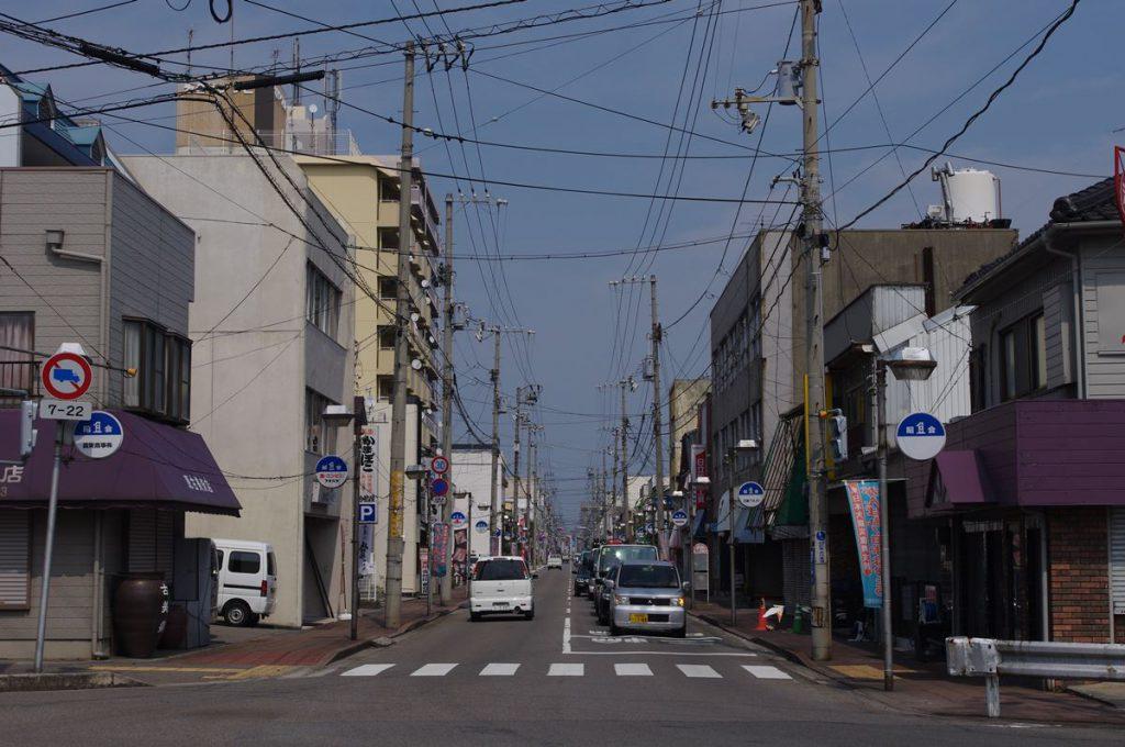 鷲尾勘解治が整備を推し進めた昭和通り