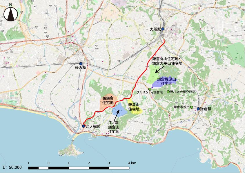 鎌倉山および京浜急行専用道路(赤線)と周辺の開発された住宅地との位置関係です
